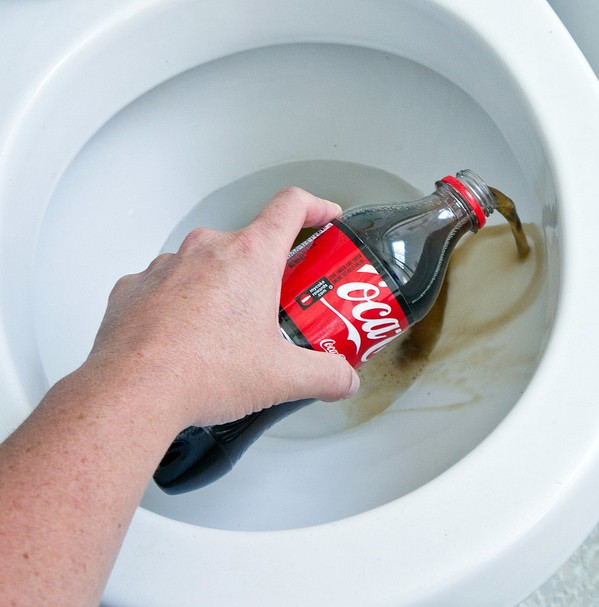Cola Cleaning