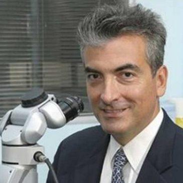 Έλληνας οφθαλμίατρος διορθώνει χωρίς λέιζερ μυωπία, υπερμετρωπία και αστιγματισμό !