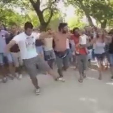 Όλοι οι Έλληνες μια αγκαλιά !!!  Αυτά είναι…
