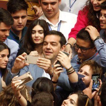 Η λοβοτομημένη νεολαία των Selfie με τον Τσίπρα…